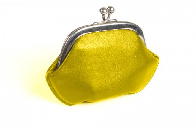 黄色 財布