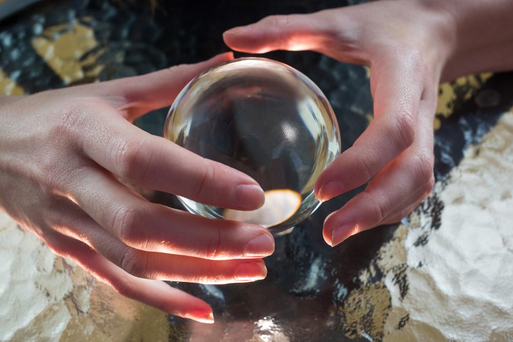 世界各地で大切にされている水晶の歴史